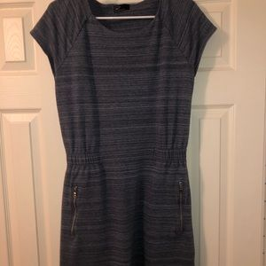NWOT The GAP Dress with Zippers